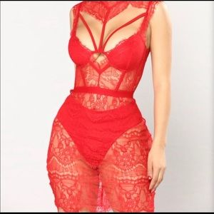 Fashion nova red hot lace dress size medium